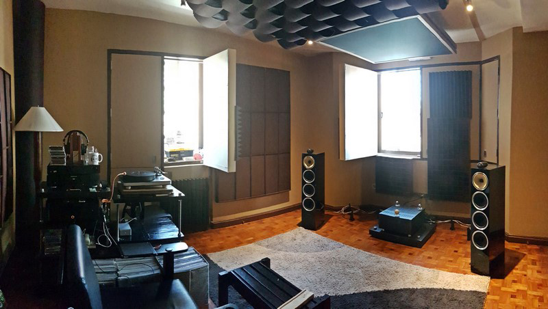 A Private Audiophile Listening Room